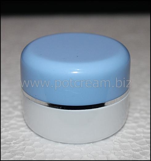 PS putih-biru