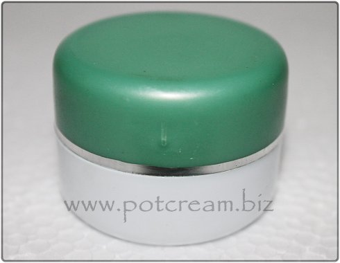 PS putih-hijau